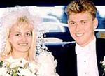 Карла и Пол в сватбената лимузина