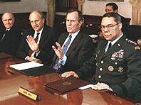Джордж Буш и неговите съветници