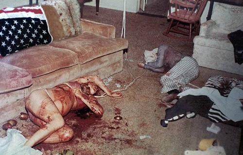 Тялото на бременната Шарън Тейт и нейният приятел Джей Себринг