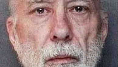Милионерът Джон Джамелски и неговите секс робини