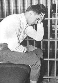 Бил в затвора в Кук Каунти