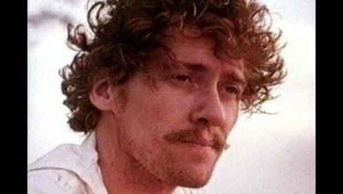 Надареният порноактьор Джон Холмс и убийствата на Уондърленд Авеню