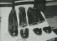 Сливко режел обувките на жертвите си