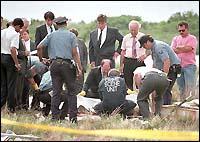 Полицията прибира останките на Айрис Санчез