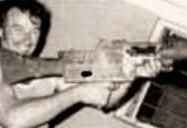 Айвън Милат, любителят на оръжията