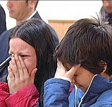 Антония и Мария се разплакват, когато чуват присъдата си