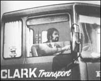 Сътклиф като шофьор на камион