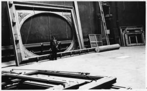 Празните рамки в Лувъра