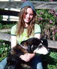 Аманда Нокс с кучето си