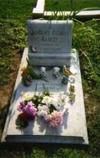 Гробът на Джонбеней Рамзи