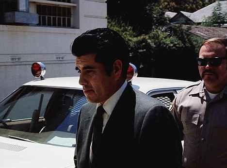 Хуан Корона на път към съда