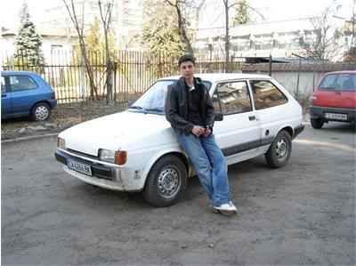Атанас Атанасов с колата на баща си