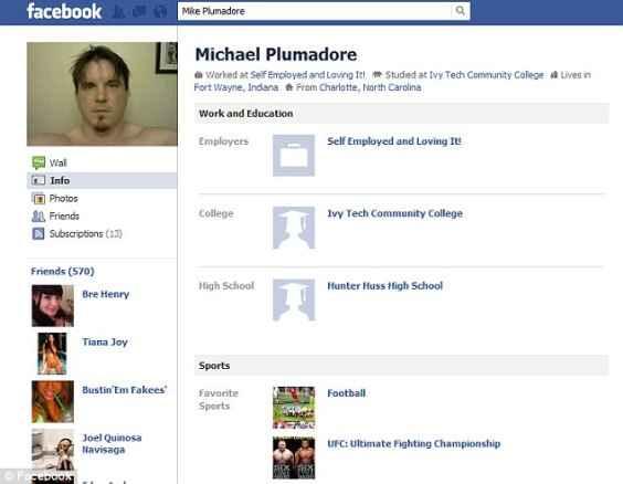 Фейсбук страницата на Майк Плъмадор