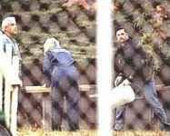 Полицията се приготвя да копае в двора на Йейтс