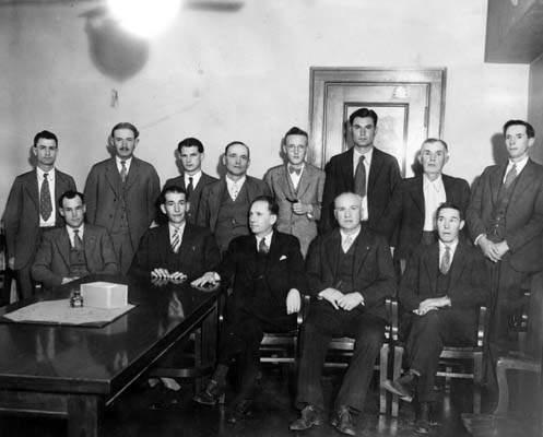 Съдебните заседатели в процеса на Уини Рут Джъд