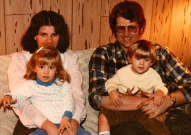 Кийт Джесперсън със семейството си