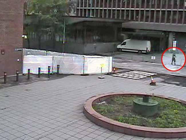 """Брейвик паркира фолксваген """"Крафтер"""", зареден с бомба, точно под сградата на Министерството на правосъдието"""