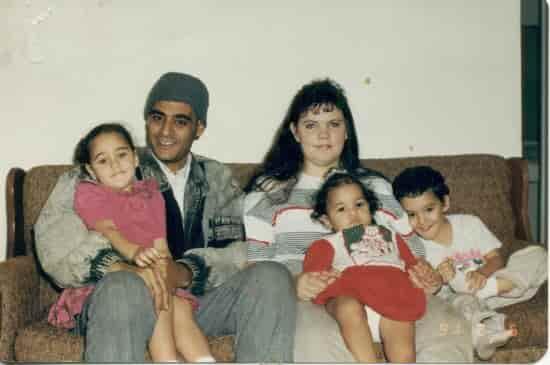 Ясер, Тиси и трите им деца